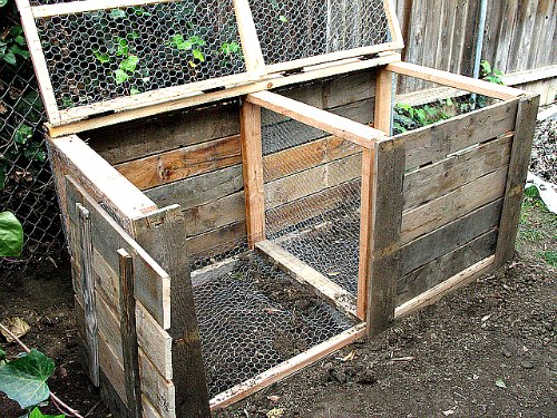 Compost Bin for making organic fertilizer